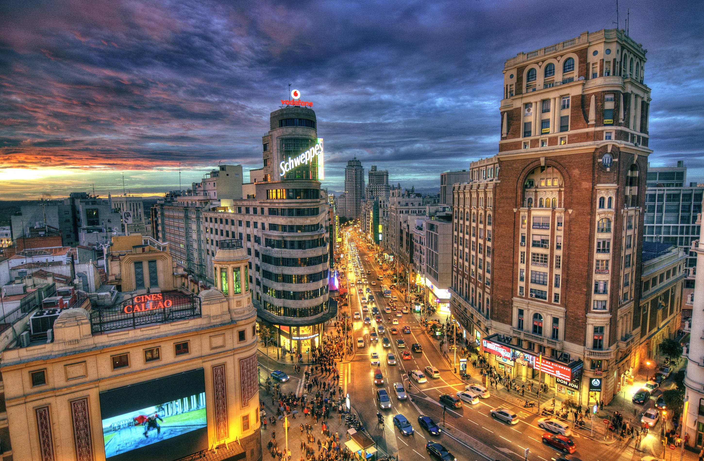 обои Вид на Пласа-де-Кальяо, Мадрид, Испания картинки фото