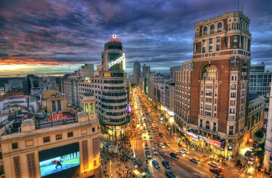 Photo views of plaza de callao, madrid in good quality