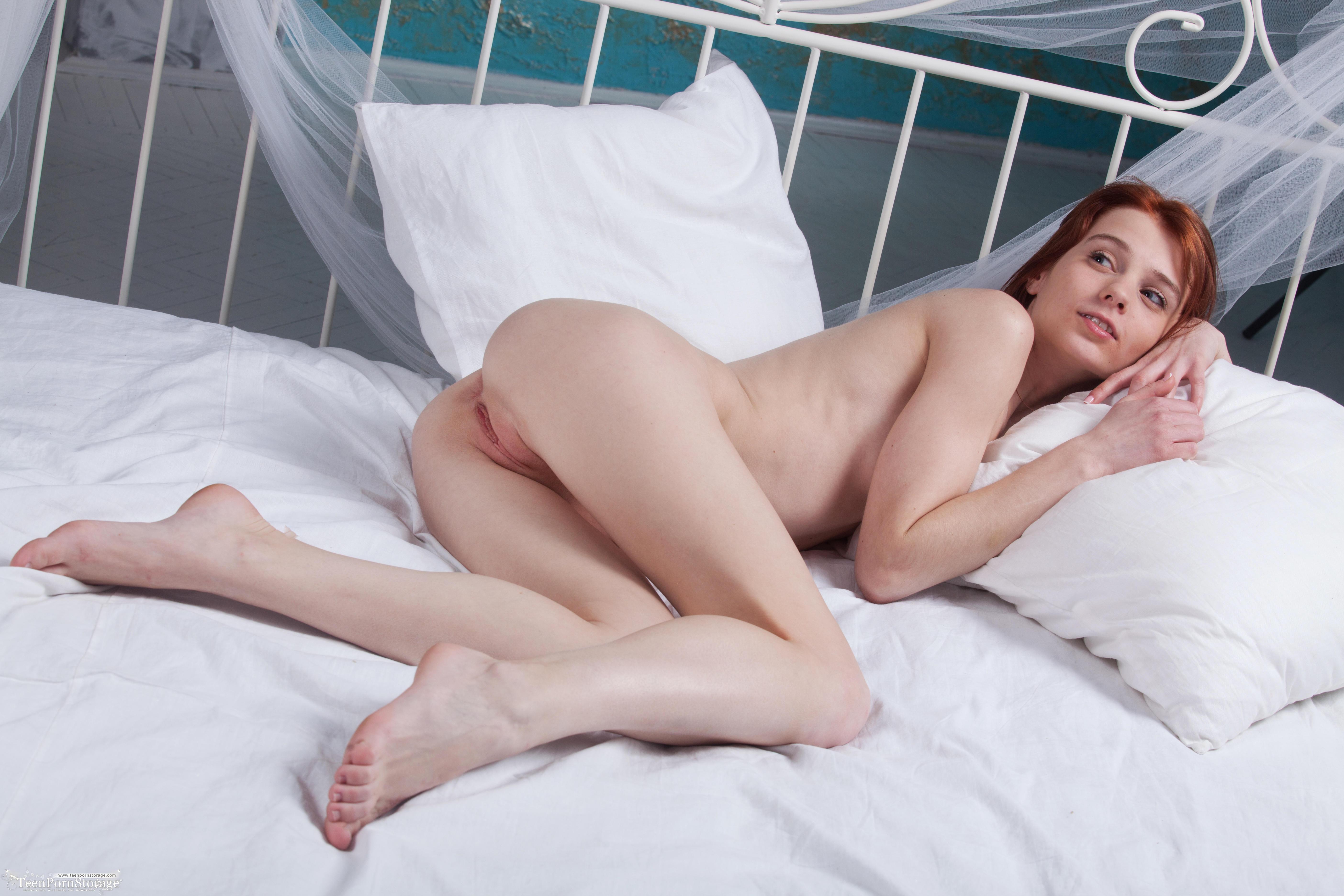 обои Lilu, красотка, голая, голая девушка картинки фото