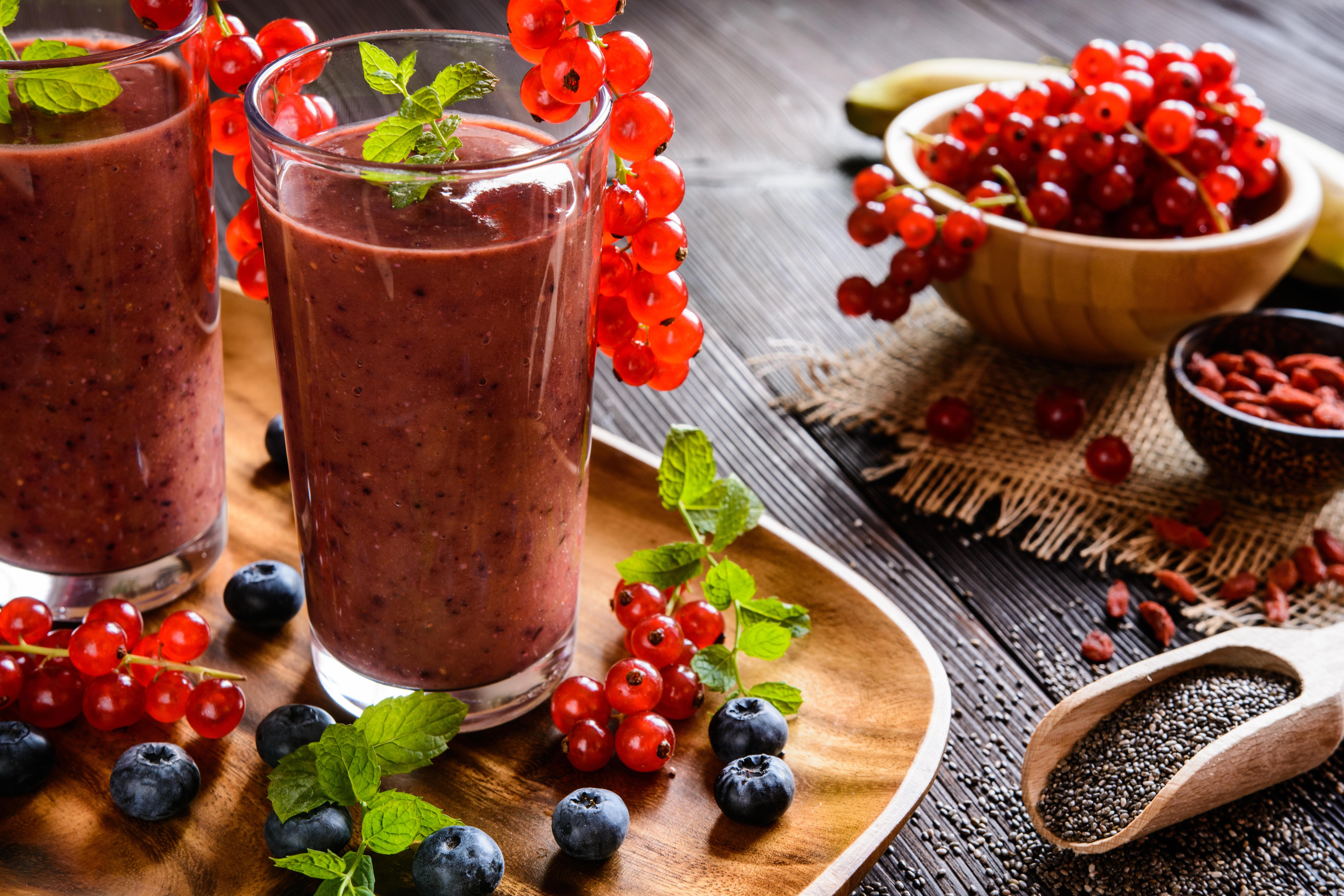 обои ягоды, смородина, черника, ягодное пюре картинки фото