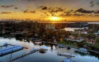 Бесплатные фото побережье,дома,растительность,море,пристань,яхта,лодка
