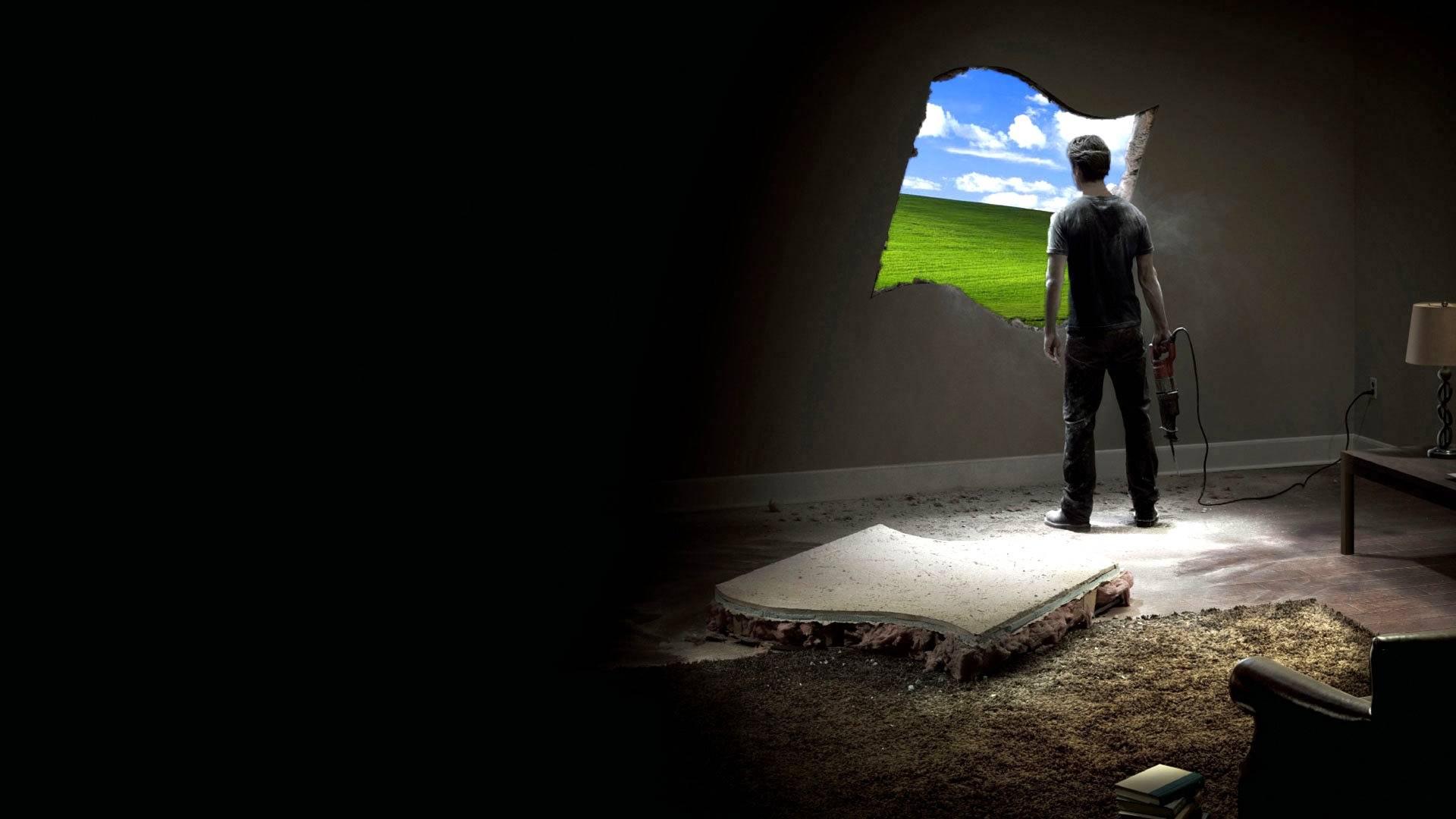 Обои стена, мужик с перфоратором, windows