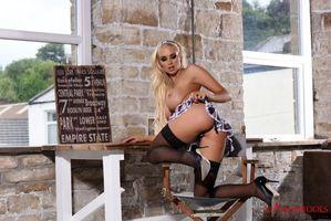 Бесплатные фото Cara Brett,модель,красотка,голая,голая девушка,обнаженная девушка,позы