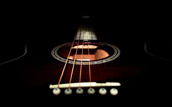 Фото бесплатно гитара, черная, дека