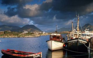 Бесплатные фото река,пристань,лодка,катер,баркас,берега