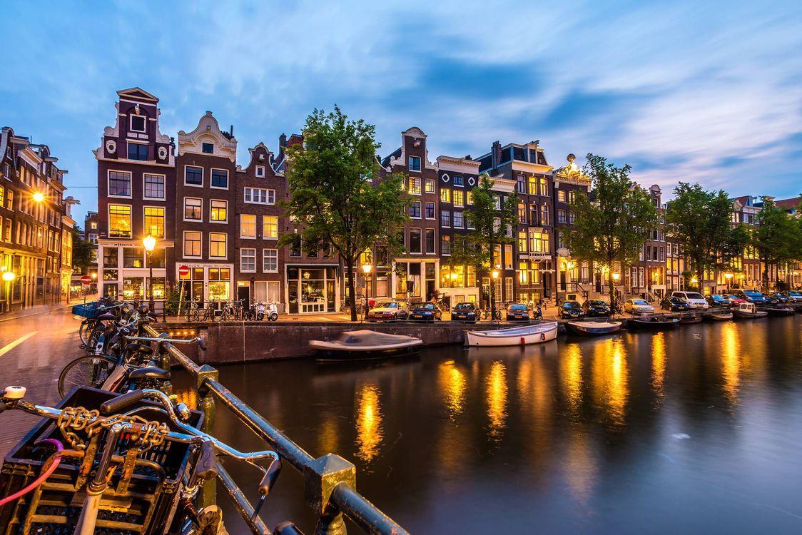 Фото бесплатно Amsterdam, Амстердам, столица и крупнейший город Нидерландов, Нидерланды, Расположен в провинции Северная Голландия, Голландия, панорама - на рабочий стол