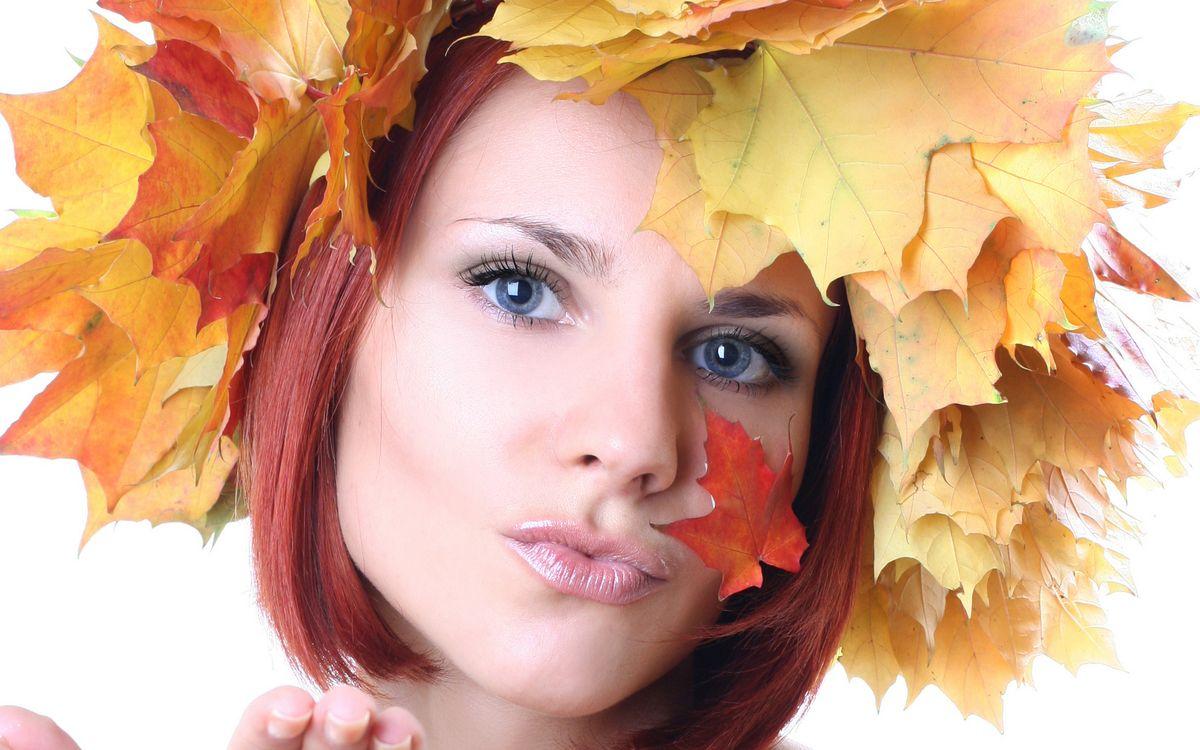 Фото бесплатно глаза, девушка, листья - на рабочий стол