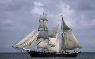 Заставки корабль,мачты,паруса,море,горизонт,небо