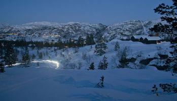 Фото бесплатно закат, зима, горы, деревья, Норвегия, пейзаж
