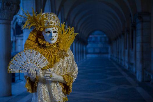 Фото бесплатно костюмы, венецианский костюм, венецианская маска