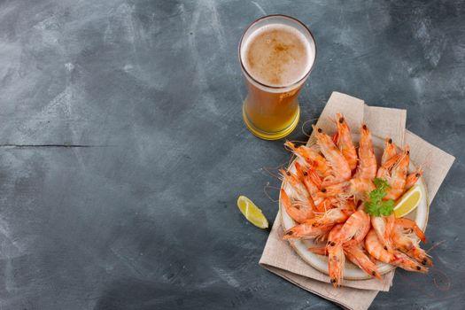Бесплатные фото кружка,пиво,напиток,креветки,продукты