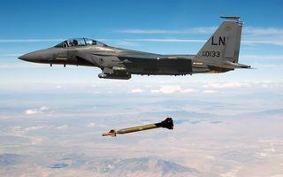 Фото бесплатно самолет, истребитель, кабина, пилот, полет, ракета