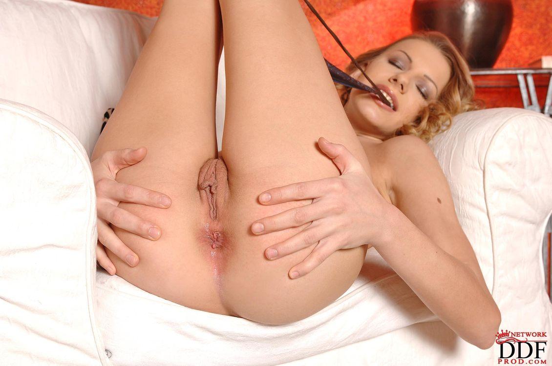 Фото бесплатно Bernice, девушка, модель, красотка, голая, голая девушка, обнаженная девушка, позы, поза, сексуальная девушка, эротика, эротика