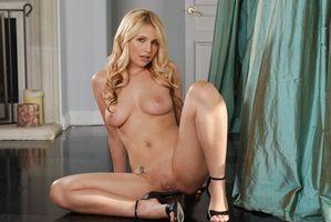 Бесплатные фото Sandy Summers,модель,эротика,красотка,девушка,голая,голая девушка