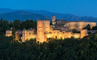 Бесплатные фото Альгамбра является дворец и крепость,Гранада,Андалусия,Испания