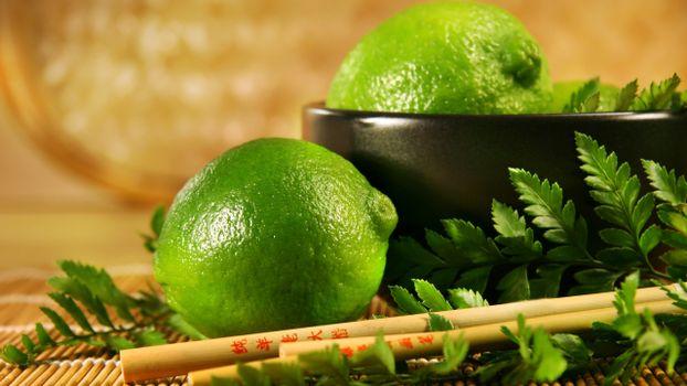 Photo free bowl, black, limes