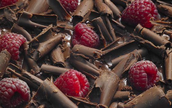 Фото бесплатно шоколад, стружка, ягода