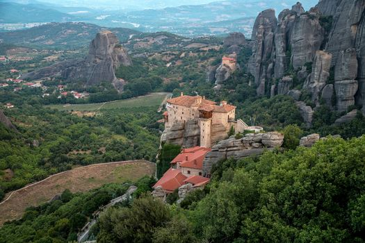 Бесплатные фото The Monastery of RousanouSt Barbara,Meteora,Greece