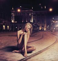 Photo free tramway, night, girl