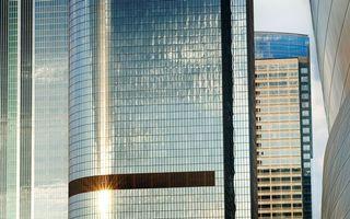 Бесплатные фото здания,высотки,стекло,панели,солнце,отражение