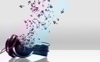 Бесплатные фото наушники,провод,ноты,мелодия,фон серый