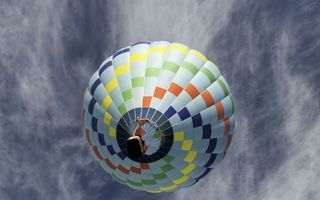 Фото бесплатно разноцветный, воздушный, шар, полет, небо, облака
