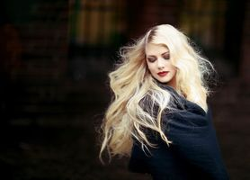 Фото бесплатно макияж, блондинка, одежда