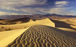 Фото бесплатно пустыня, песок, дюны, барханы, горы, небо, облака