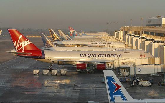 Фото бесплатно аэропорт, здание, самолеты