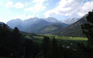 Бесплатные фото деревья,долина,река,трава,горы,вершины,снег
