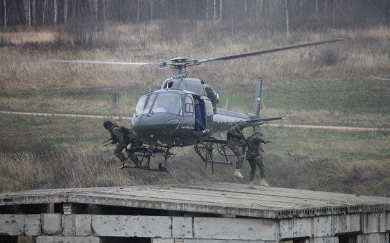 Заставки вертолет, высадка, спецназ