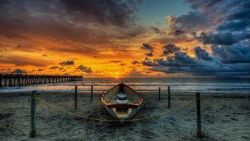 Бесплатные фото берег,песок,лодка,столбики,веревка,пирс,море