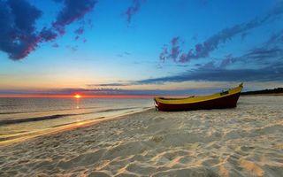Бесплатные фото берег,песок,лодка,море,горизонт,солнце,закат