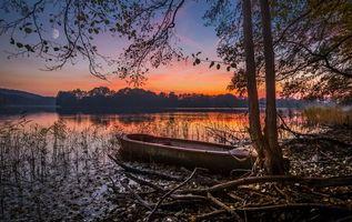 Фото бесплатно деревья, осень, лодка