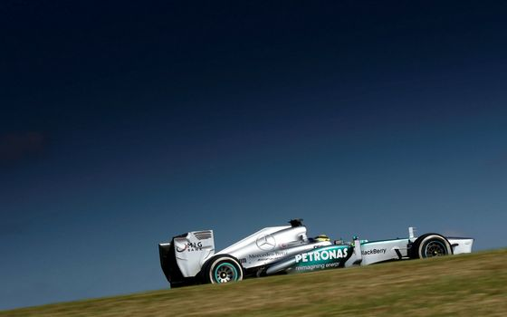 Photo free spoiler, Formula 1, wheels