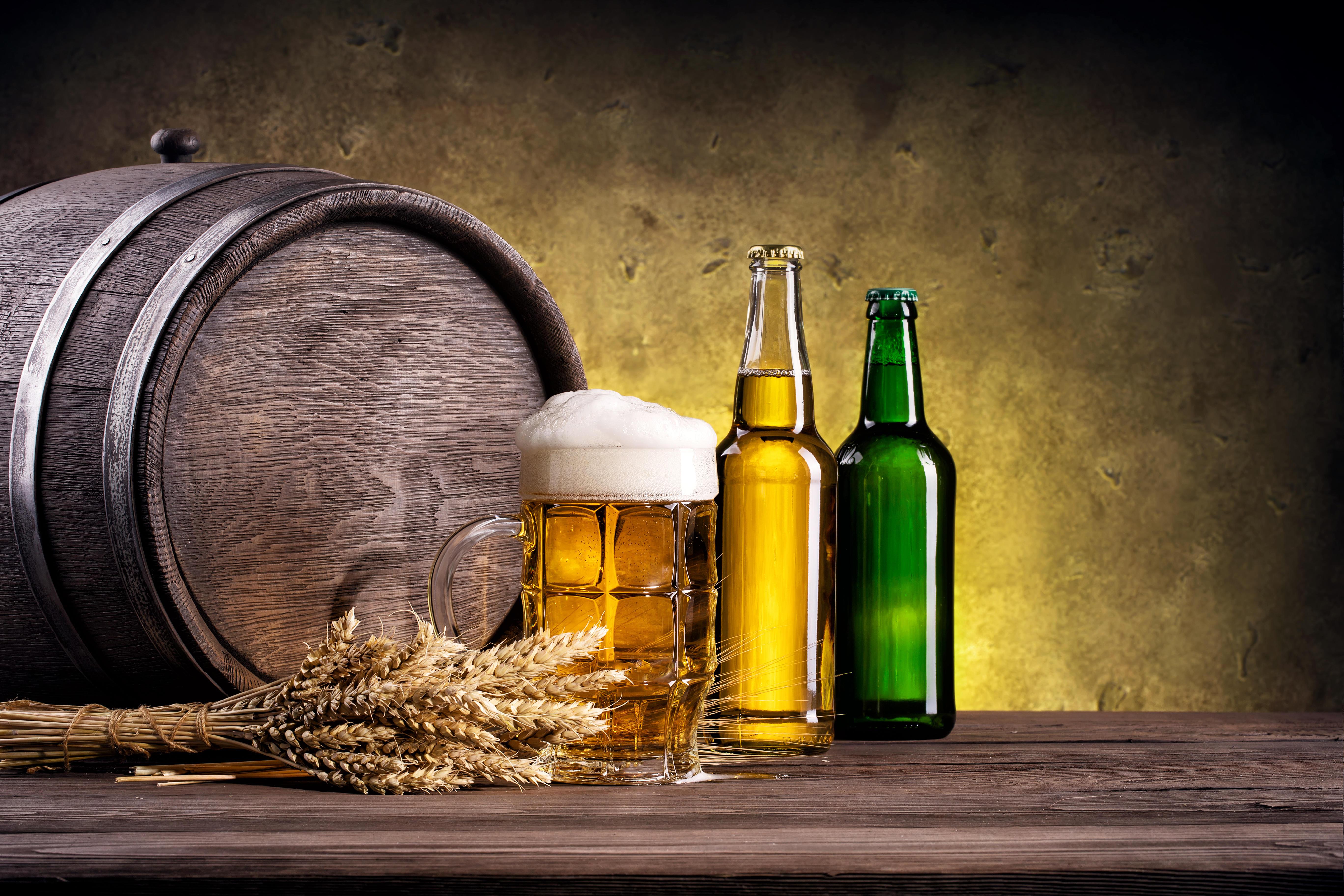Обои кружка, пиво, бочка, колосья