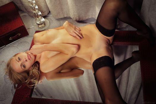 Фото бесплатно эротика, обнаженная девушка, Лия