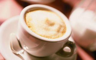 Фото бесплатно чашка, белая, блюдце, ложечка, кофе, пена