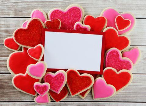 Обои романтические сердца, день святого валентина на телефон высокого качества
