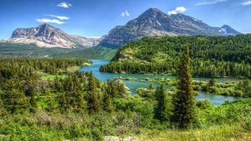 Бесплатные фото река,лес,деревья,горы,небо,облака