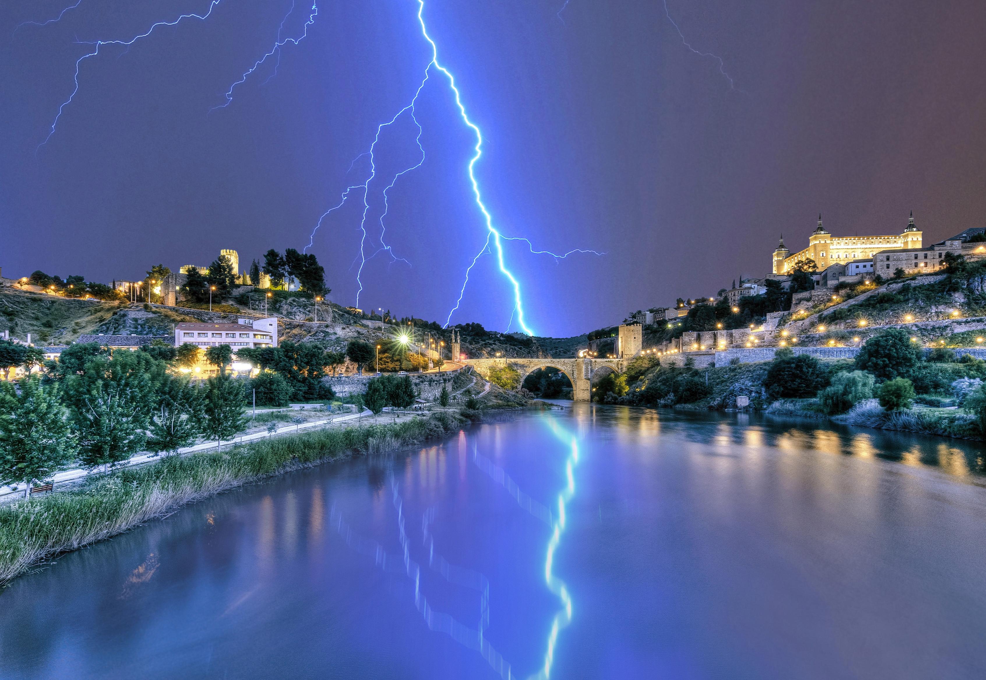 обои Толедо, Испания, река, молния картинки фото