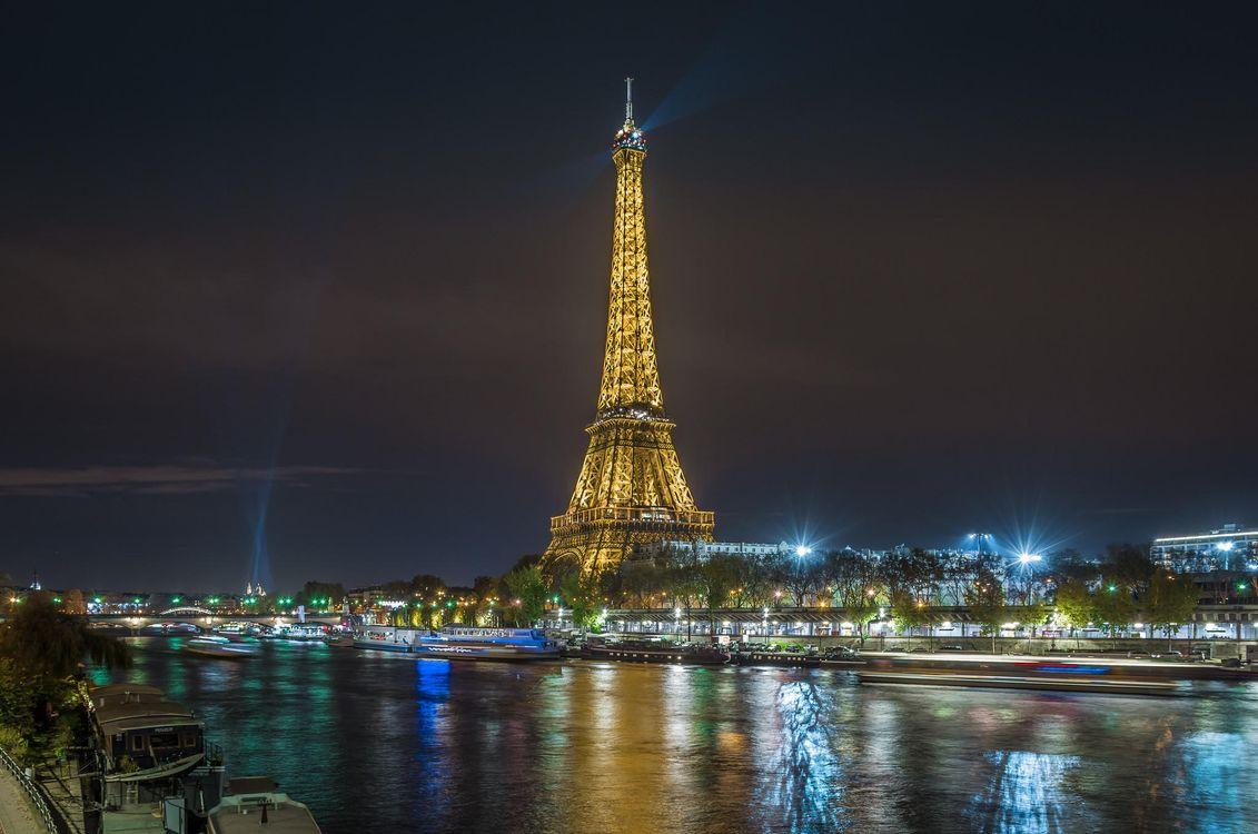 Париж ночью · бесплатное фото