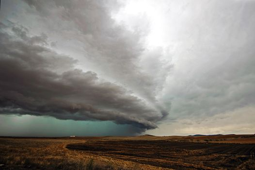 Фото бесплатно поле, холмы, шторм