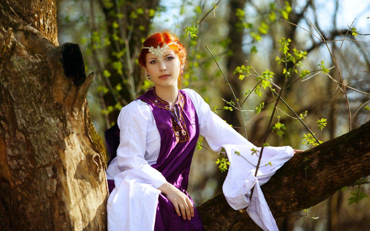 Фото бесплатно девушка, наряд, дерево - на рабочий стол