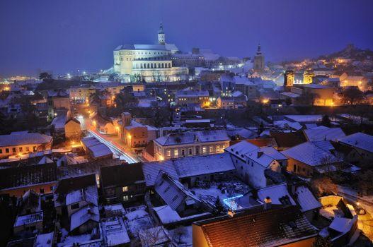 Бесплатные фото Mikulov,Czech Republic,Микулов,Чехия,ночь,огни