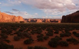Бесплатные фото долина,трава,горы,песчаники,небо,облака