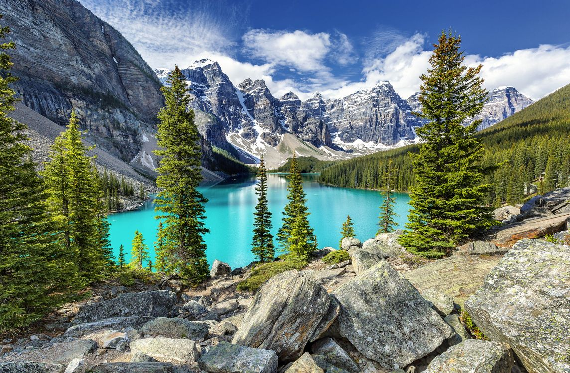 Free photo Moraine Lake, Banff National Park, Alberta - to desktop