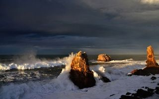 Заставки волны, берег, скалы