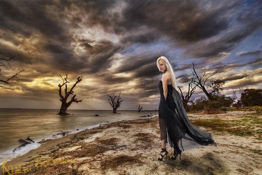 Бесплатные фото девушка у моря,блондинка,модель,красотка,гламур