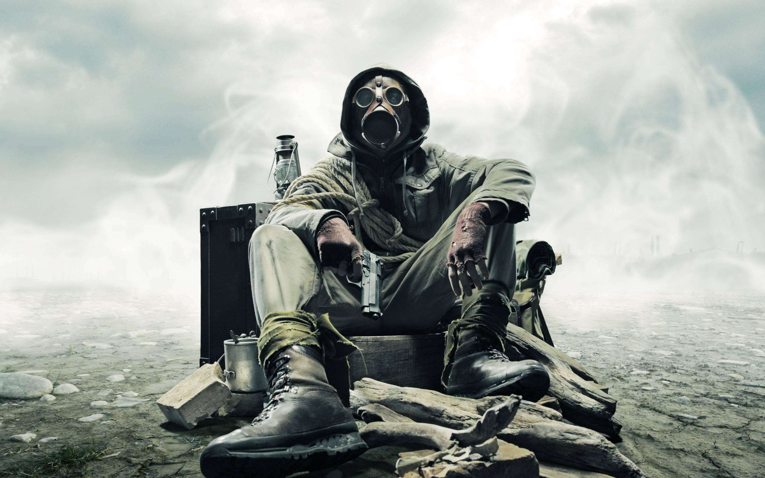 обои солдат, химическая защита, радиация, пистоле картинки фото
